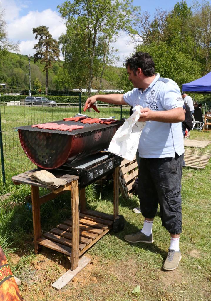 Sylvain au BBQ.